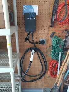 06 Plug, 24 Feet Grizzl-E 2 Level EV Charger with Regular Cable